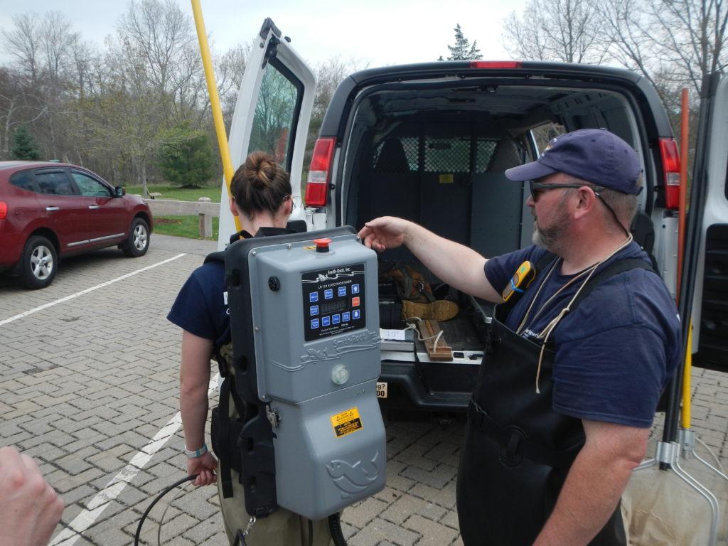 Electrofishing gear demonstration